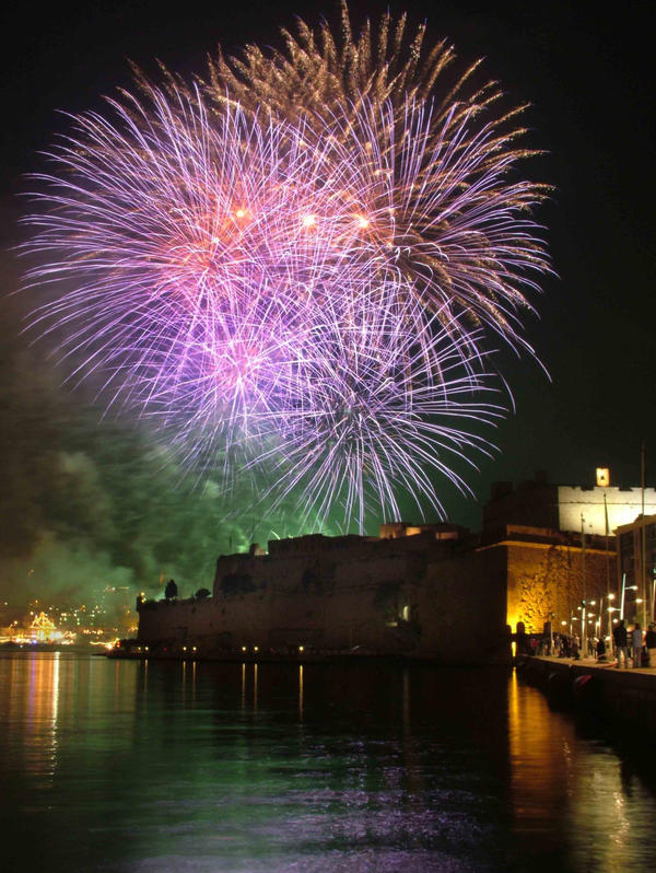 fireworks in malta by Je-Nice