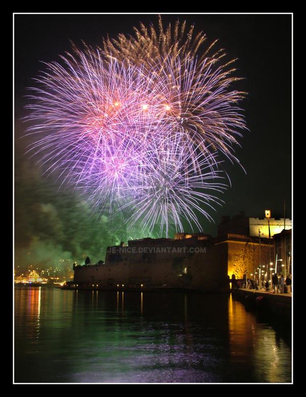 fireworks 4 improved by Je-Nice
