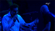 Shavo and Serj dance by Black-no-va