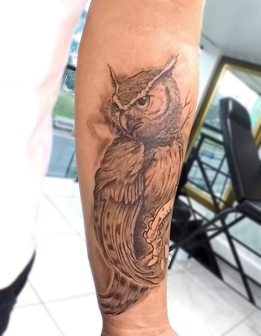 Tatuagem coruja realista  @alangoretattoo by Fgore