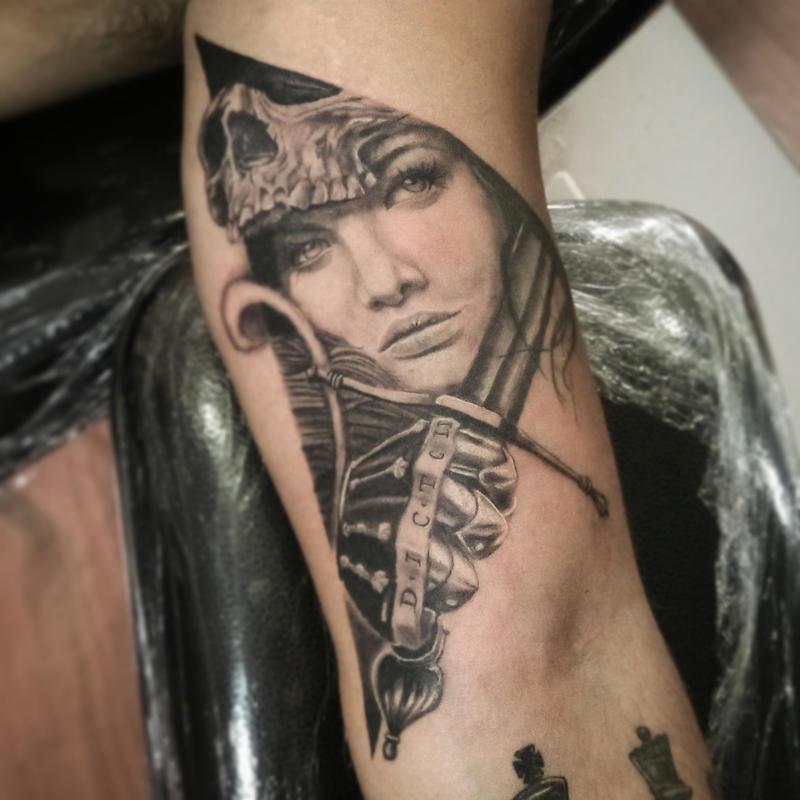 Tattoo que fiz no caio, desenho achado na net by Fgore