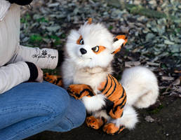 Poseable toy Commission  Arcanine by MalinaToys
