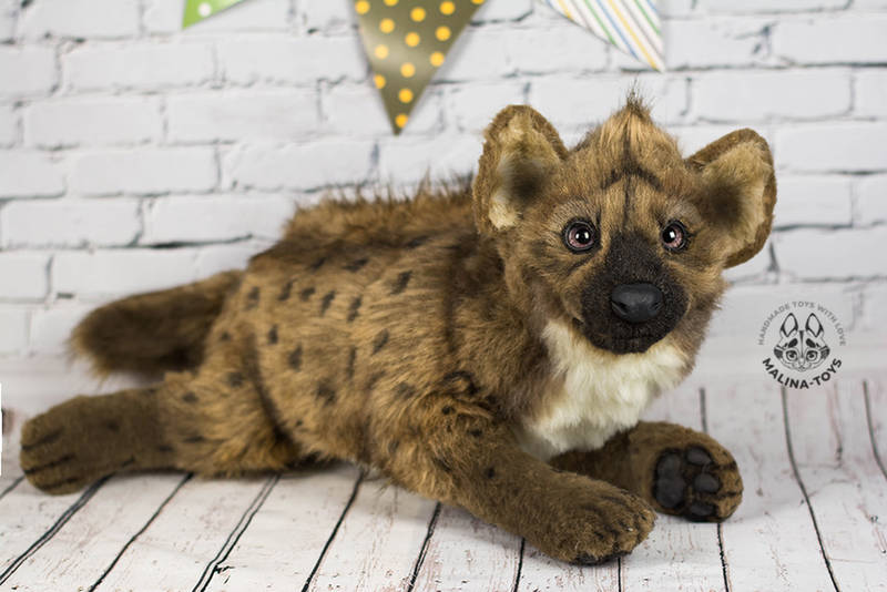Poseable toy commission hyena for Kitchiki by MalinaToys