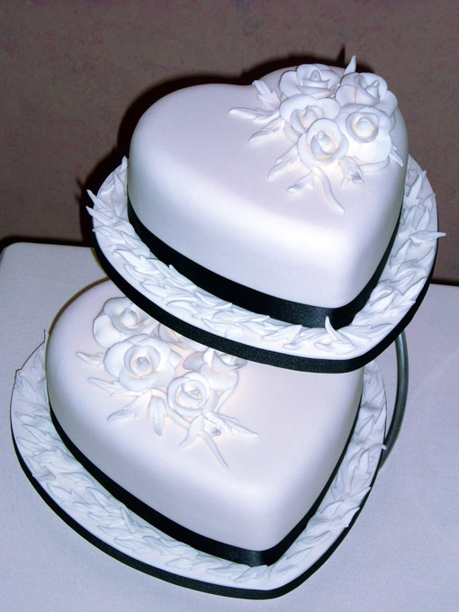 Cake Designs Hearts : Wedding Cakes Ideas: Heart Design Wedding Cake
