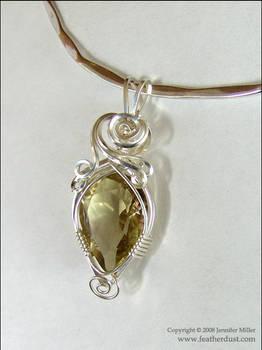 Golden Teardrop Quartz by Nambroth