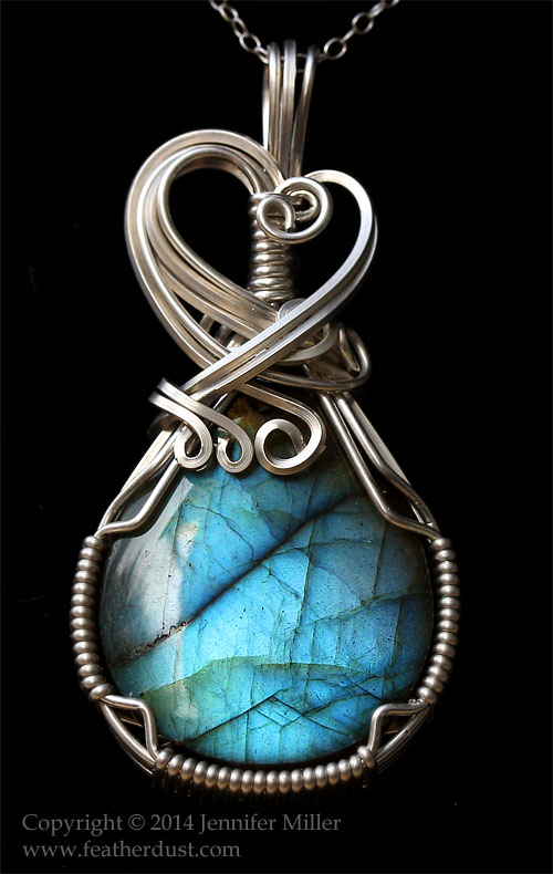Bright and Beautiful Labradorite Pendant by Nambroth