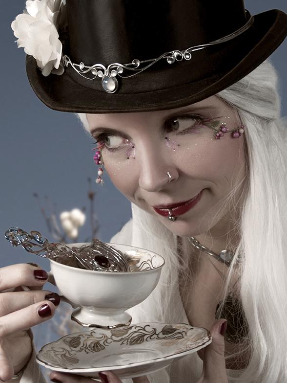 Tea time by MiaSteingraeber