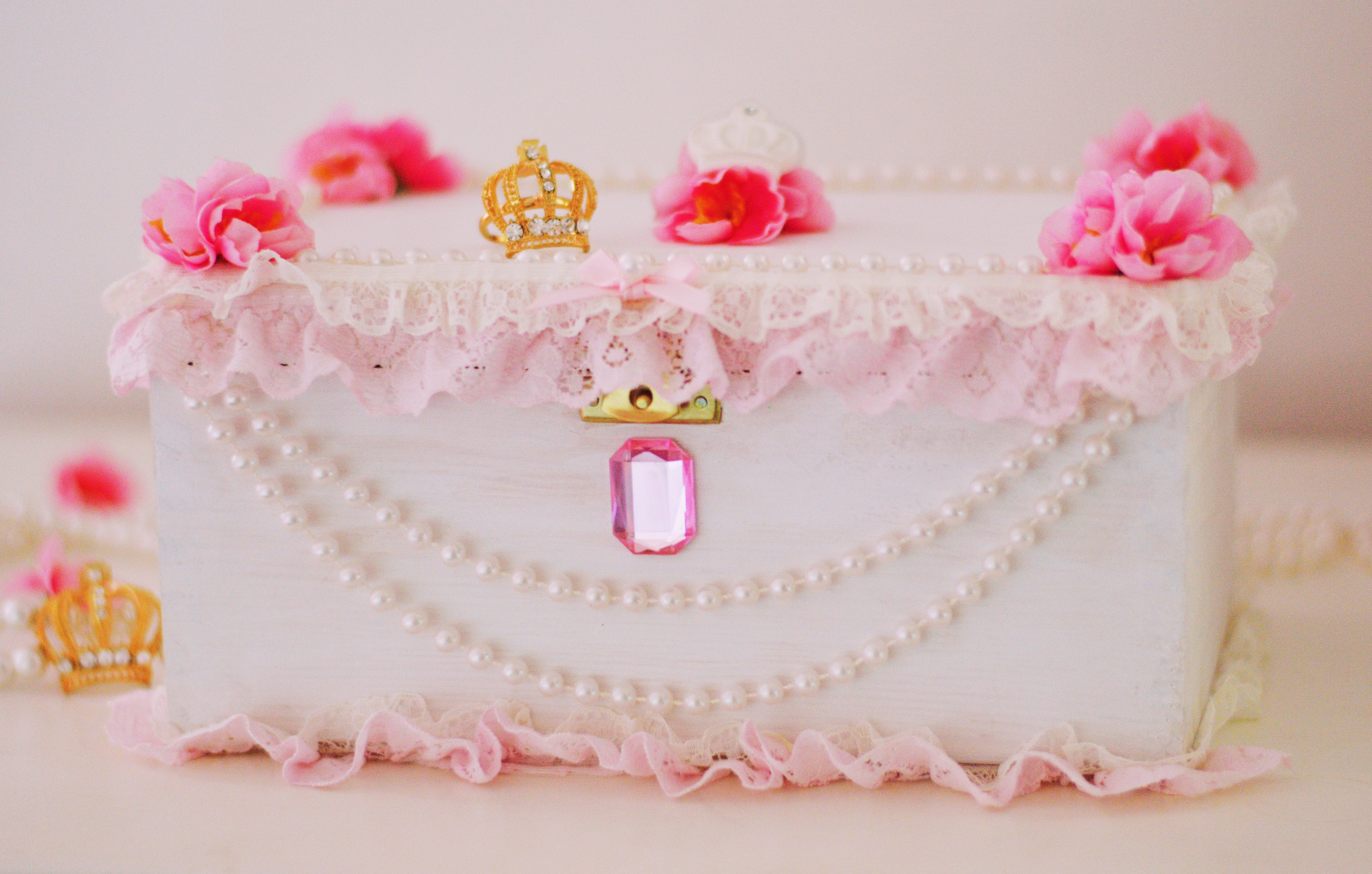 Hime Gyaru Inspired Trinket Box by WhippedCreamCake