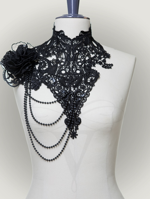 Lace Collar 'Tacita' by v-couture-boutique