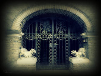 Second Entrance by MagicBlanche