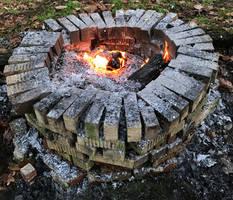 Outdoor Brick Fireplace IMG 3873
