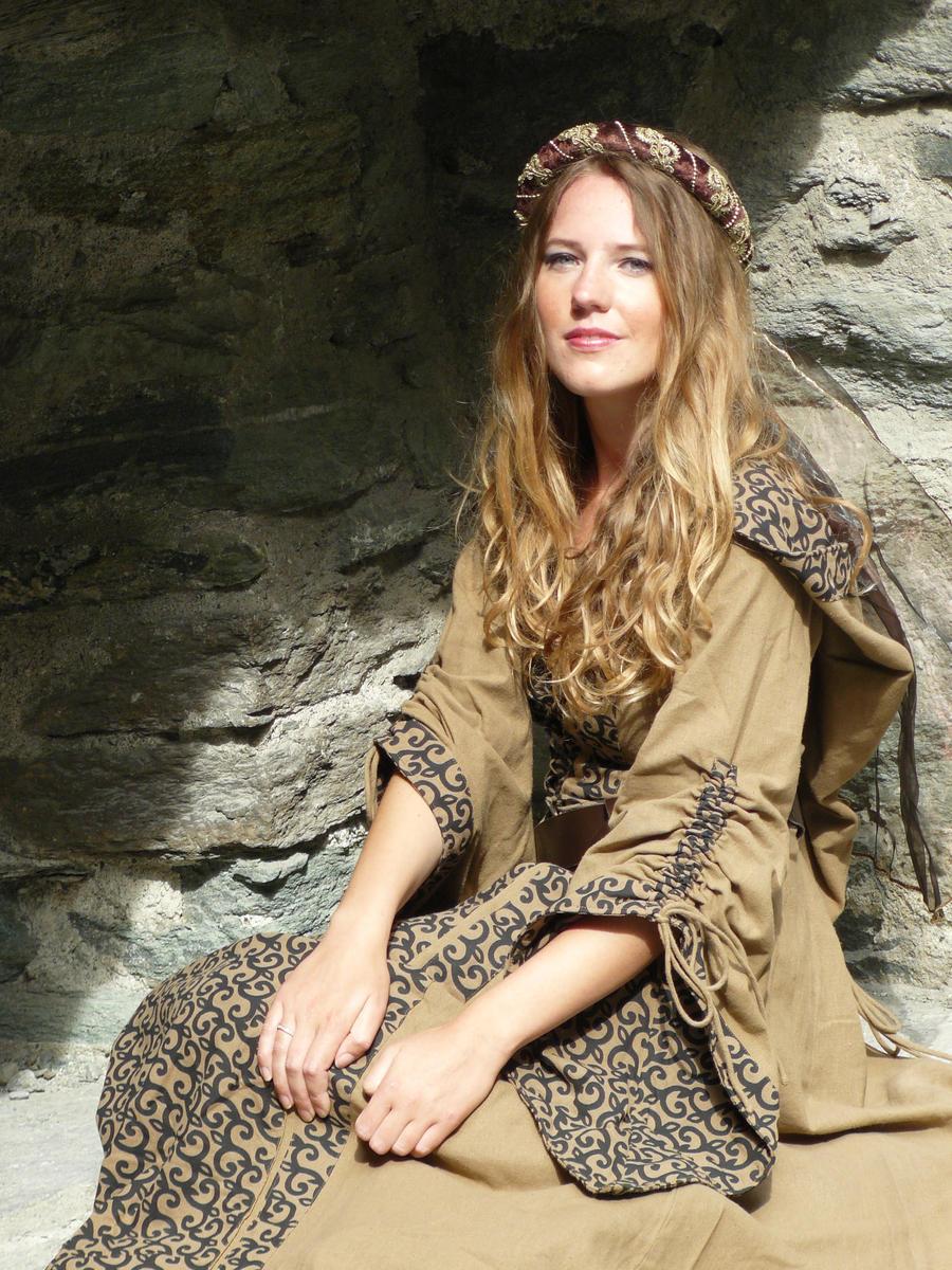 Medieval Princess by ValeCosplay on DeviantArt