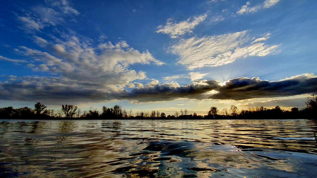 Lake - Vysoka pri Morave by Rumburak512