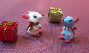 Holiday Mice by RetroRodent