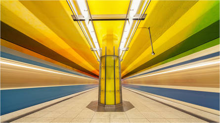 Subway | 4293 by Dr007