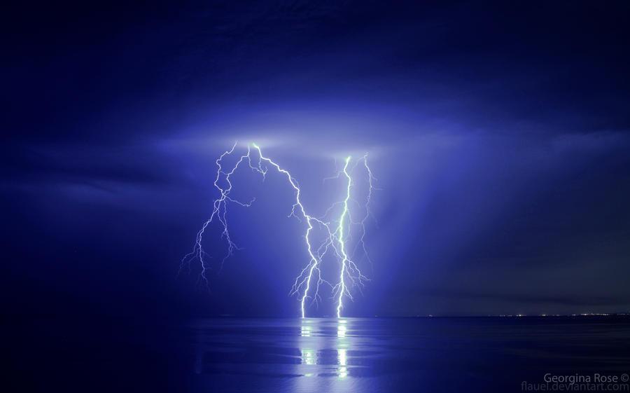 Lightning - Port Phillip Bay by flauel