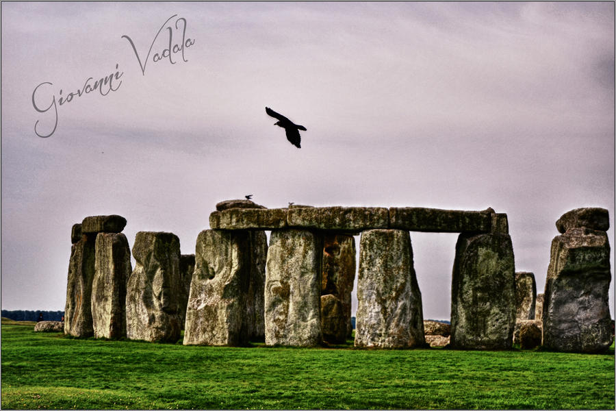 Crow above Stone Henge by JohnnyVadala