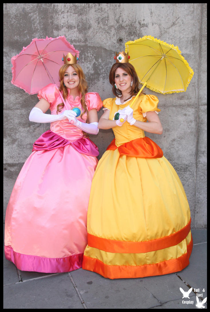 Princess Peach and Daisy by TTCosplay
