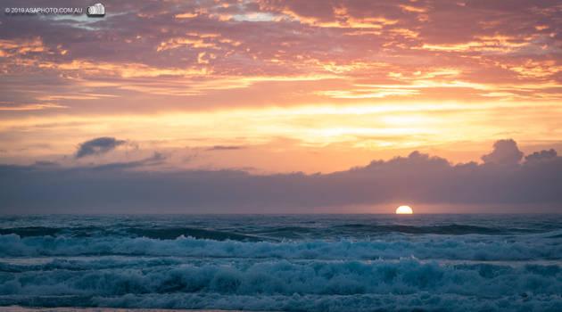 P4160145 beach sunrise