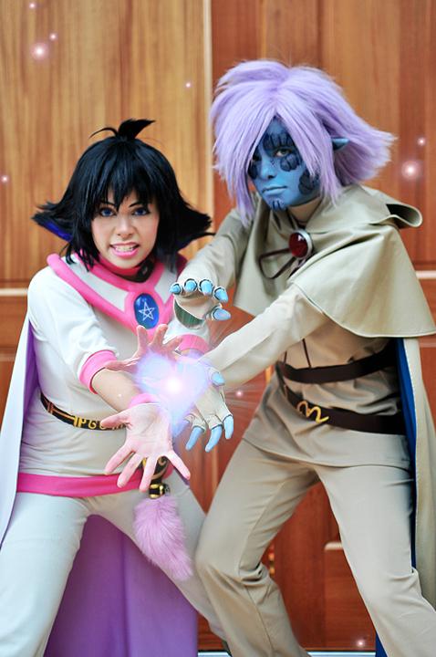 http://fc09.deviantart.net/fs70/f/2013/105/d/2/slayers_cosplay_ra_tilt__by_technoranma-d61t8qm.jpg