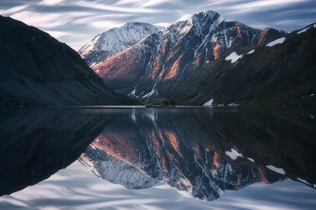 Silver morning by Trichardsen