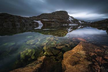 Mountain blues by Trichardsen
