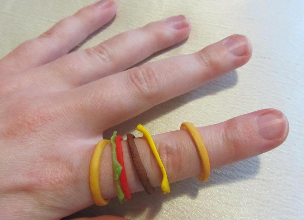 Burger Ring (View II) by Aya-no-Shrink-Ray