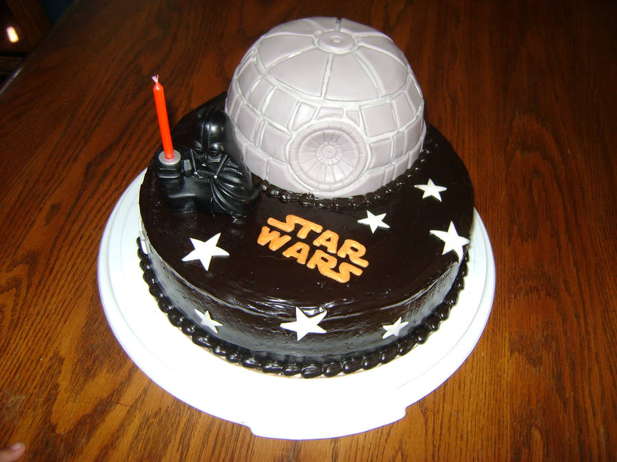 Star Wars Cake by kuroIchigopro