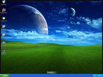 Desktop by X2thaK