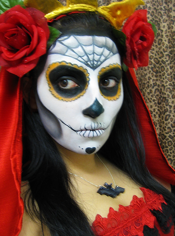 Sexy DIA De Los Muertos Makeup