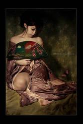 Geisha Fan II by kedralynn
