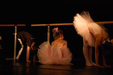 Little dancers by aniram67