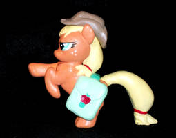 FIM Applejack with Hat and Saddlebags