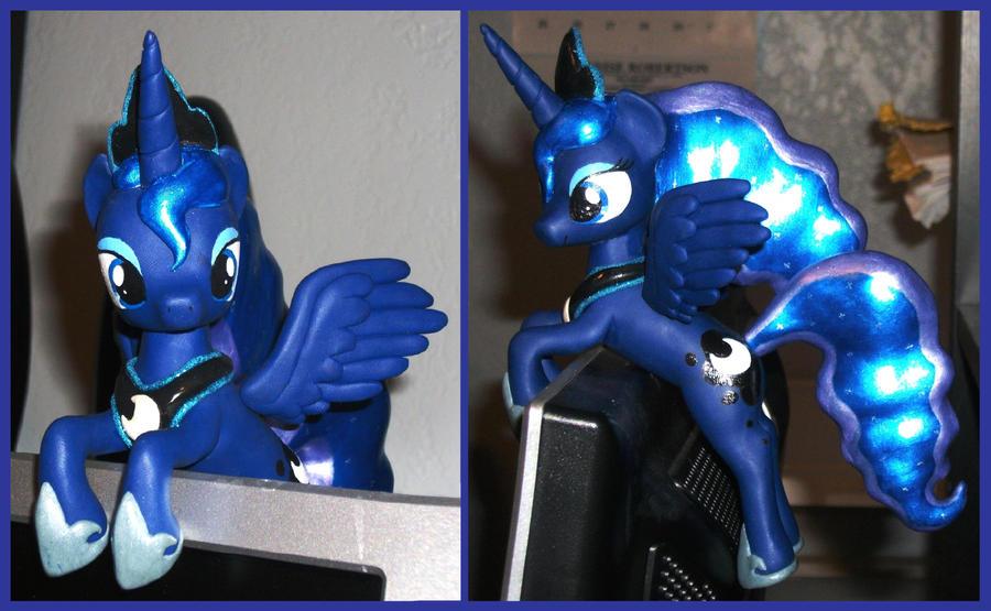 Princess Luna monitor buddy by MadPonyScientist
