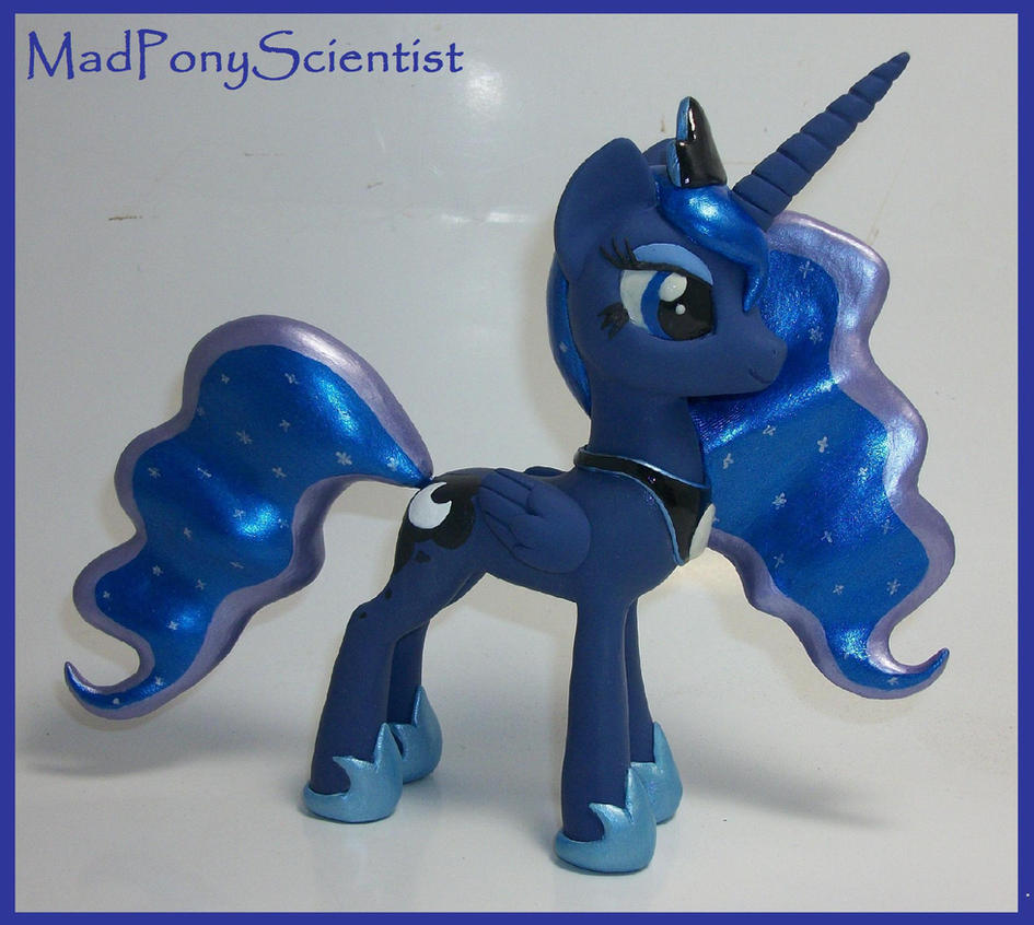 Princess Luna by MadPonyScientist