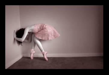 Lost Ballerina by fearawaken