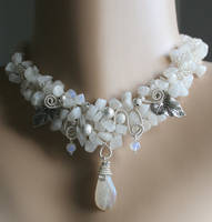 Kiss of Angels - necklace by Bodza