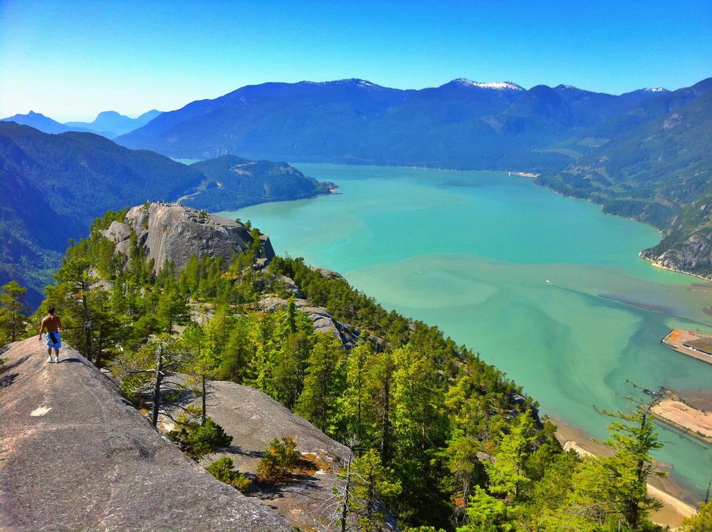 Rewards of a hike by xtn12