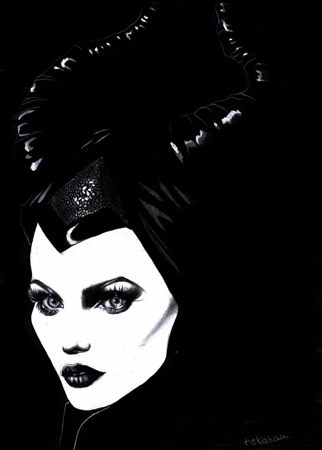 (Pencil drawing) Maleficent by LinaKaye