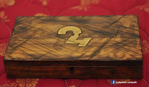 Indian movie 24, Time travelling watch box craft