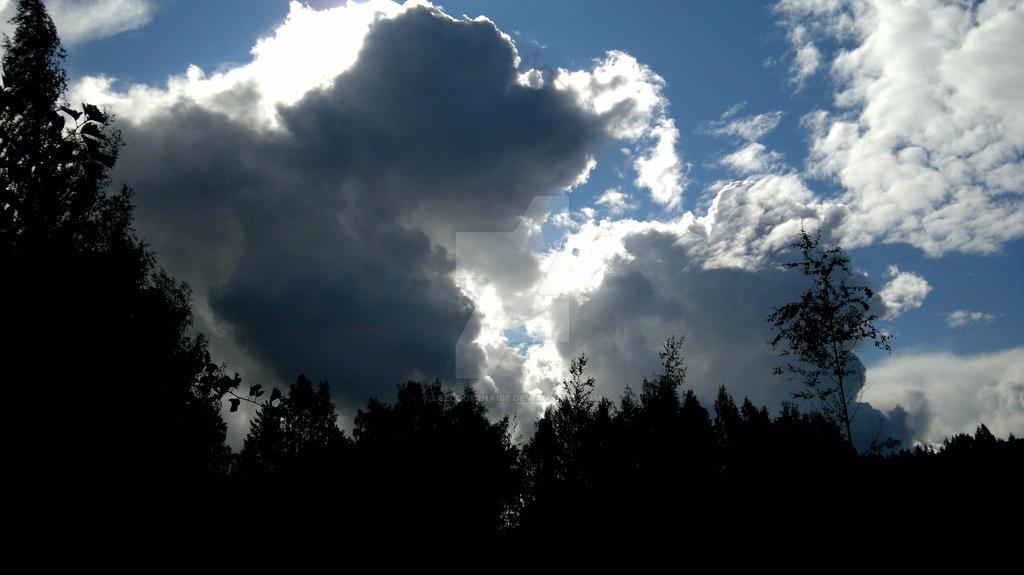 Something approaching by Leeloominai08
