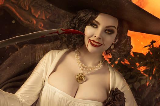 Cosplay Lady Dimitrescu