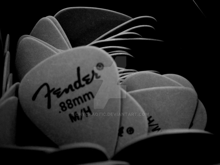 Fender Guitar Picks II By ChyChaotic