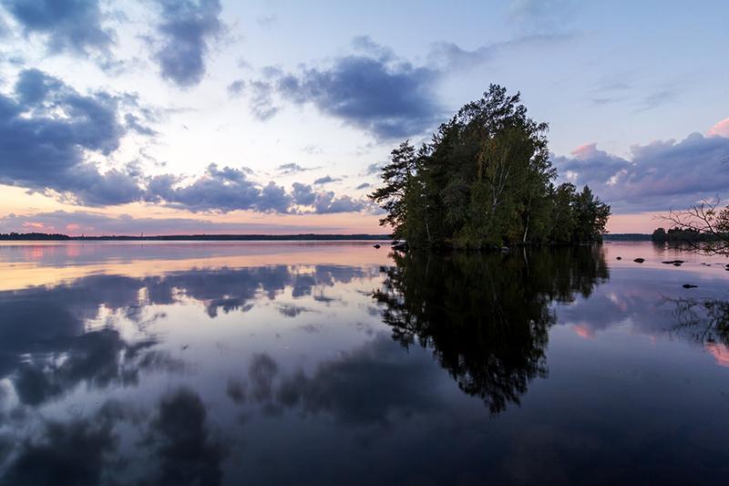 Reflection by Laazeri