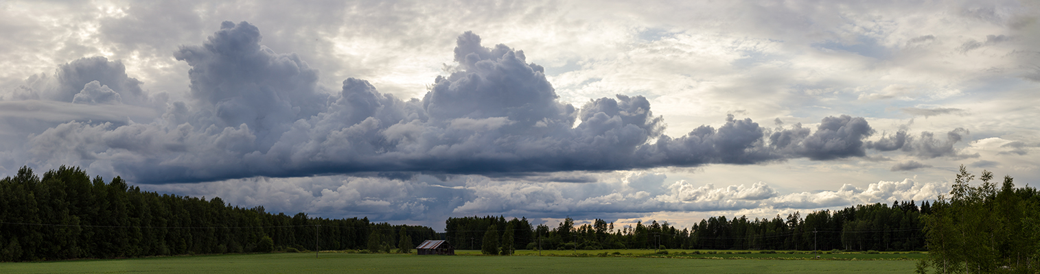 Clouds by Laazeri