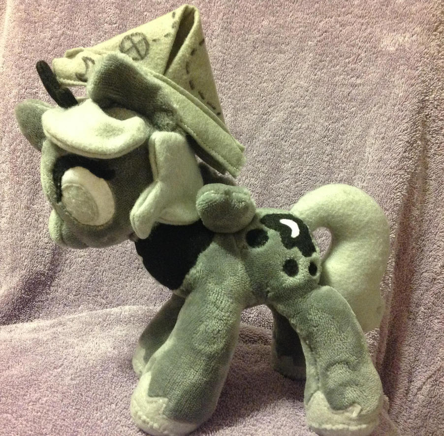 Moonstuck Woona Plushie by Emberfall0507