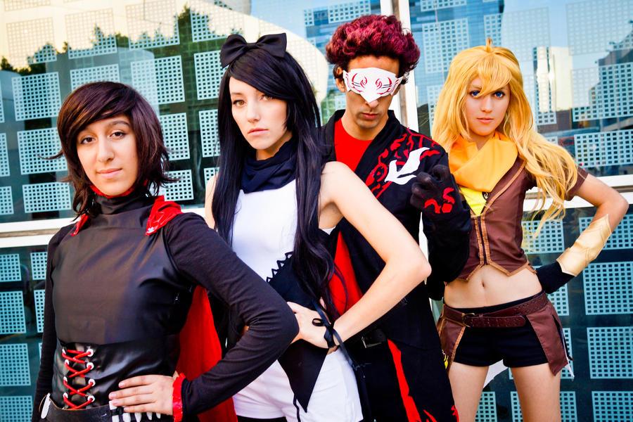 LA face cachée du cosplay !! - Page 5 Rwby___the_lineup_by_oomerochanoo-d6e0tre