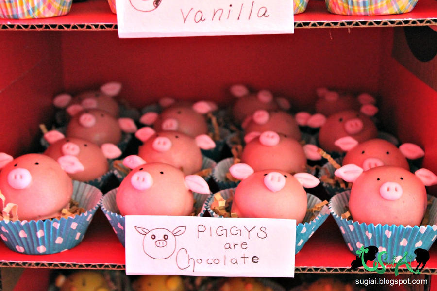 Pig Cake Balls by SugiAi