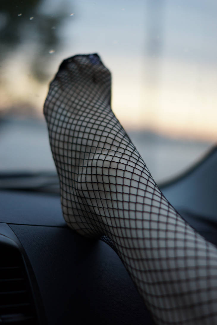 Fishnet stockings by Neka-chi