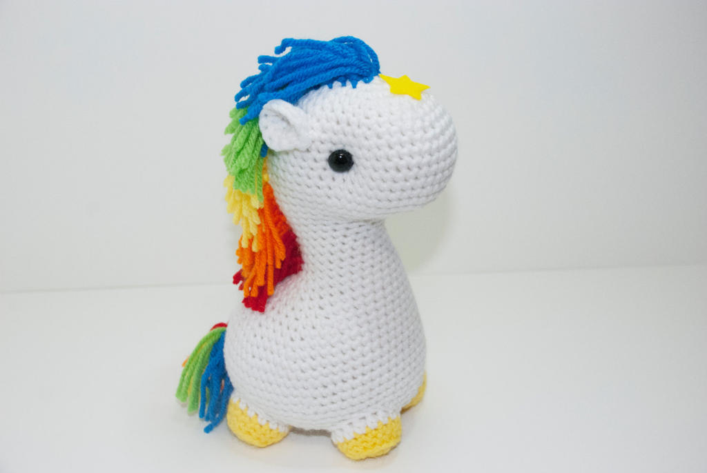Starlite the Horse by Heartstringcrochet